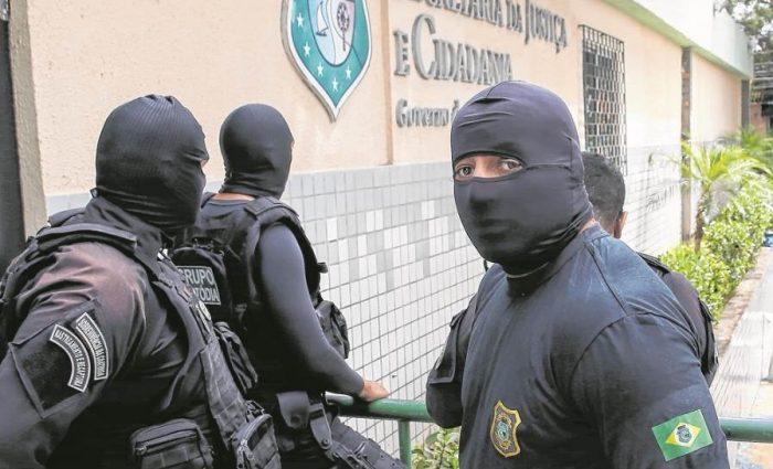 Novo secretário começa empregar regime linha dura nos presídios cearenses 5e43772454a54