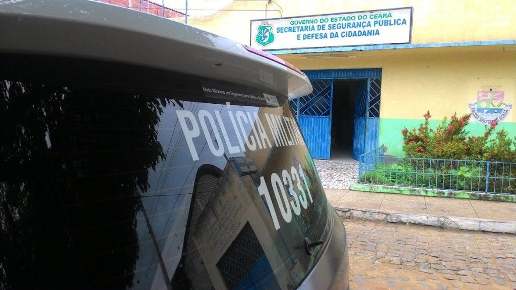 Mulher é assaltada na porta de casa no bairro Vila Palmeira em Acopiara-CE